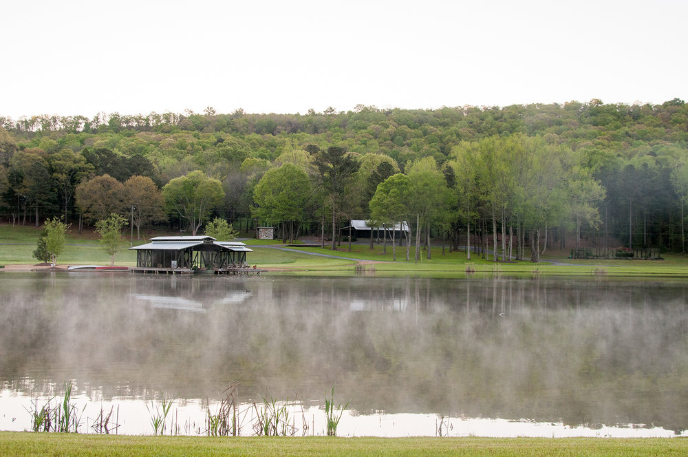 sugar_creek_farm_boathouse_13_pond_lake_boat_house_dock_screened_porch_farmhouse_house_1500.jpg