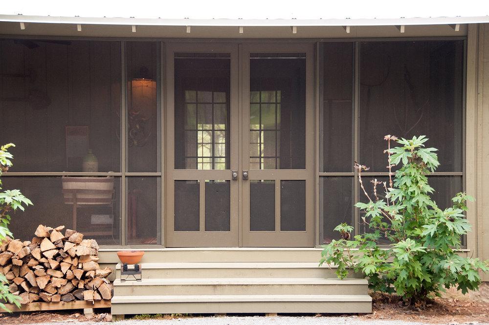 sugar_creek_farm_50_lakehouse_lake_house_back_screened_porch_farmhouse_firewood_tin_roof_1500.jpg