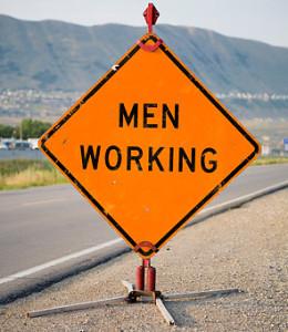 men_working_0801