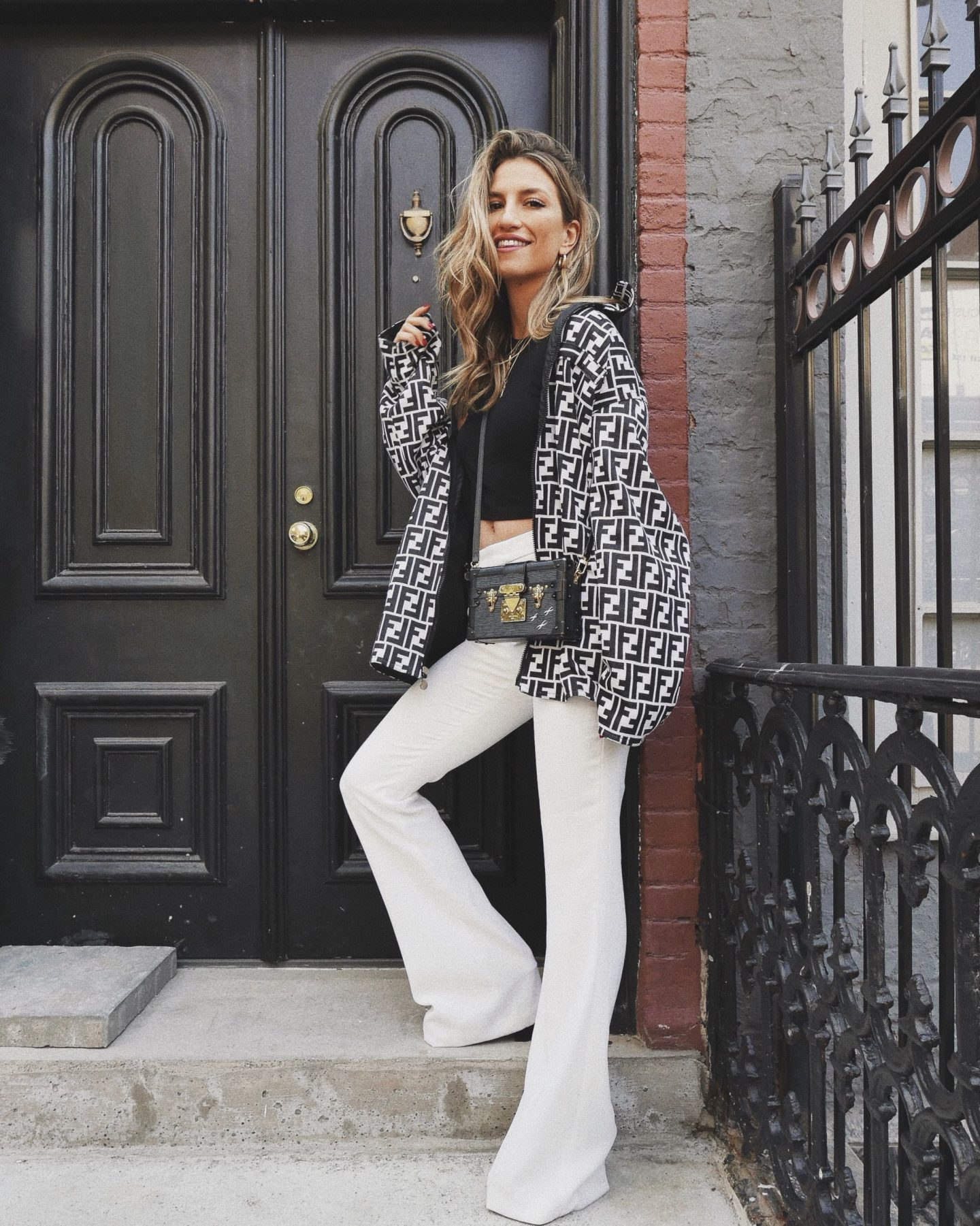 Cassandra DiMicco, Cass DiMicco, Dressed For Dreams, NYC, New York City, New York, Street Style NYC, Street Style 2018, NYC Street Style Street Style Outfits, 2018 Trends, NYC Fashion Blogger, Louis Vuitton petite Malle bag, vintage outfit, vintage jacket, vintage fendi, fendi jacket