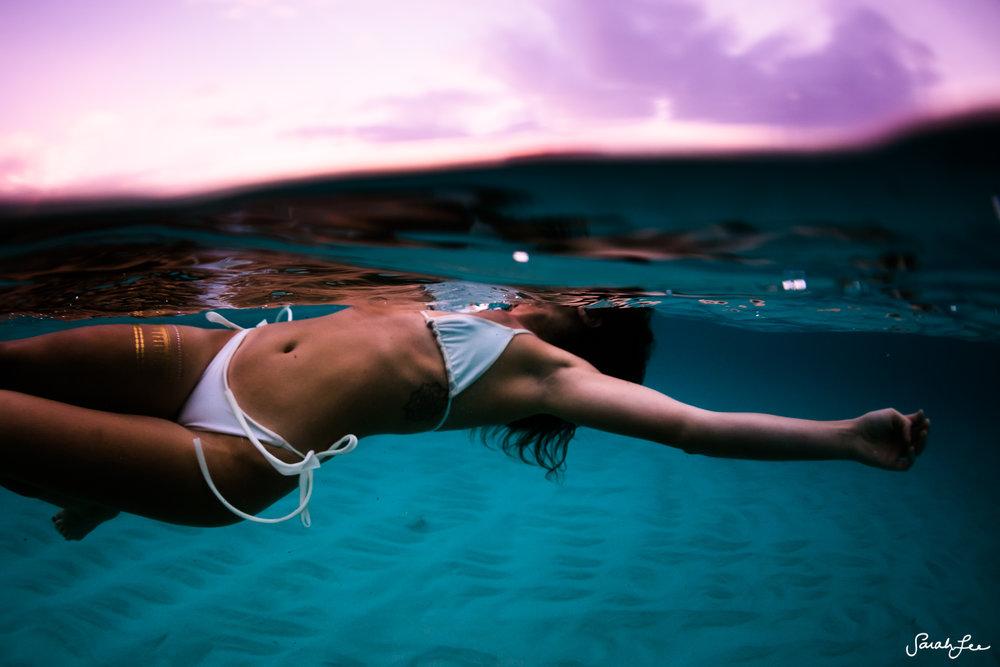 Sarah Lee Photo Bikini Shoot