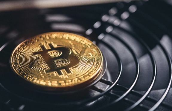 Bitcoin-Ripple-And-Litecoin-Sell-Off-Is-It-Different-This-Time-Around-.jpg
