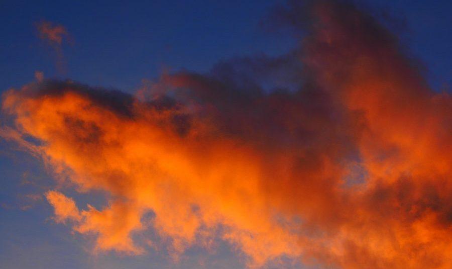 cloud-795743_1280-e1542200516651-1.jpg