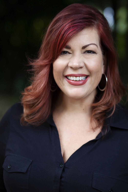 Donna Scott - Social Media Guru