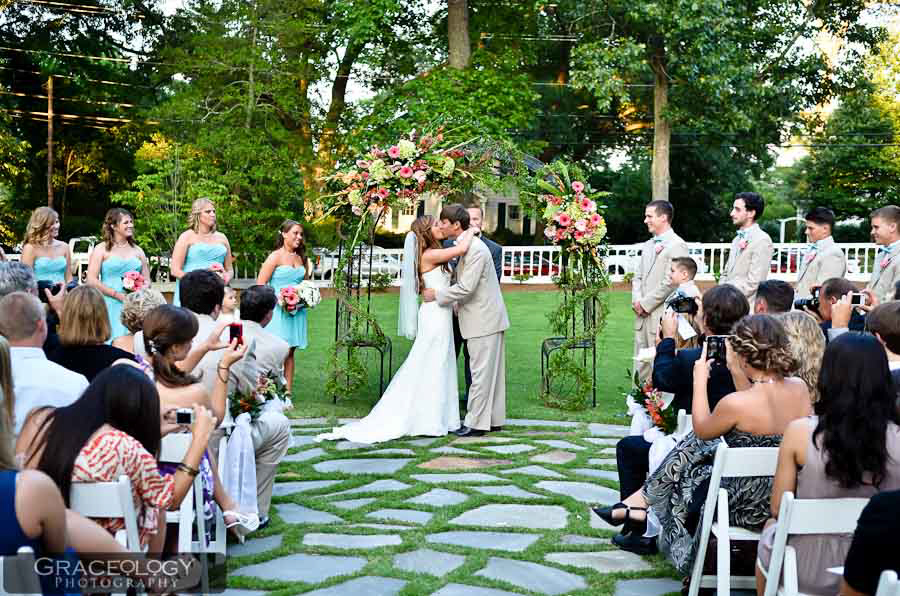 Lush Garden Grounds - Beautiful Scenery Every SeasonVariety of Ceremony SpacesGlass Encased Ballroom