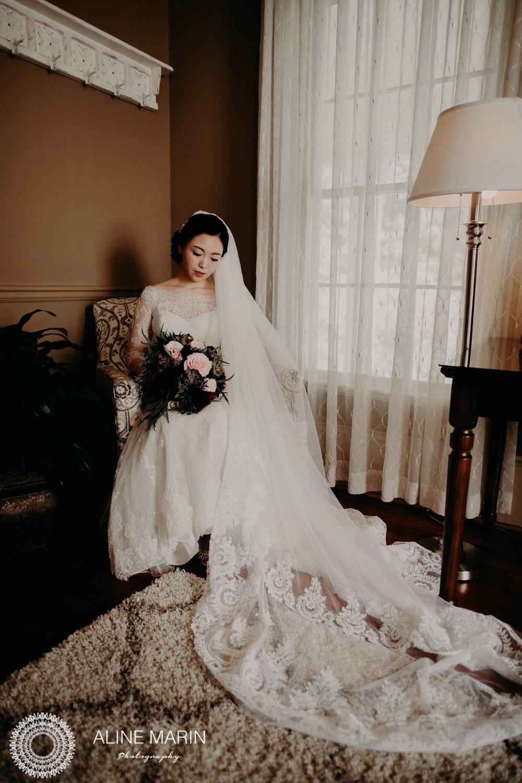 Bridesmaids Lounge 3.jpg