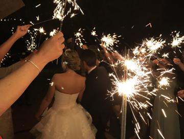summer_wedding_sparklers.png