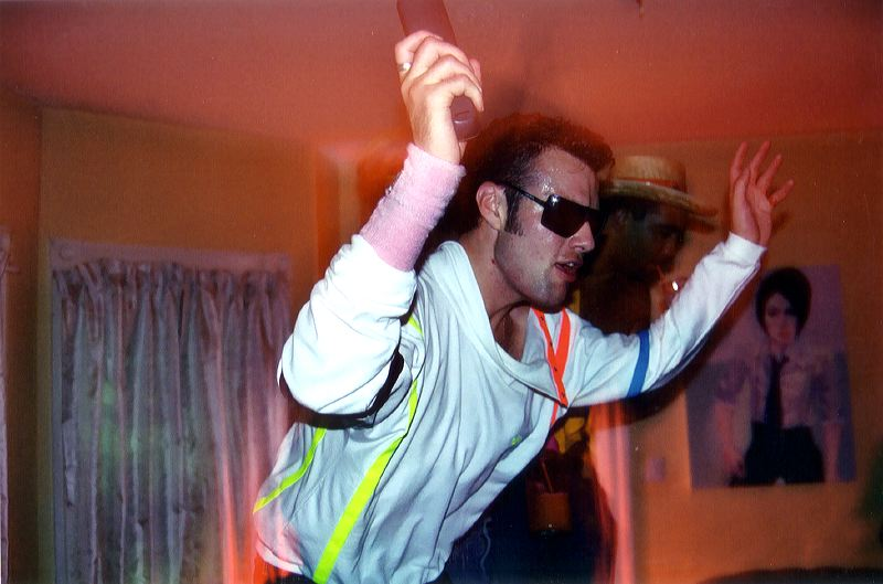 table_dancing_2.jpg