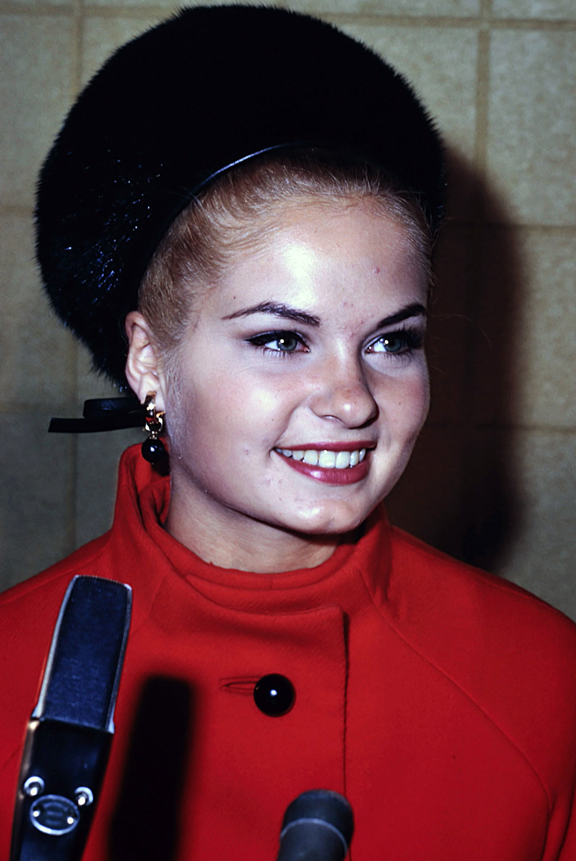 1. Miss America Homecoming 1968 - 0003.jpg