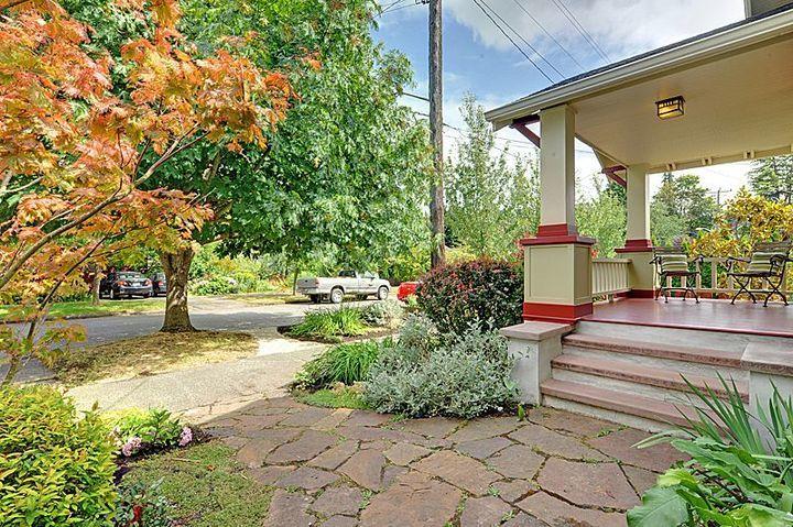 craftsman-porch.jpg