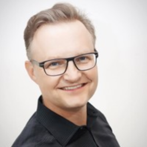 Mark Mueller-Eberstein   Global business and thought leader with over 15 years experience in the IT industry and a strong track record in Product Management, Business Development and Marketing Strategies.