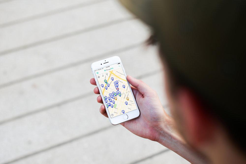 man-holding-iphone-7.jpg