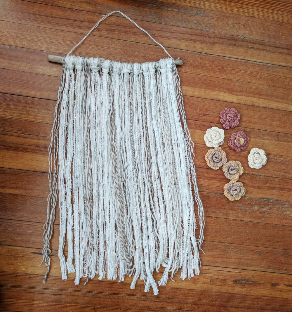 wall-hanging-with-yarn-crocheted-flowers (10).jpg