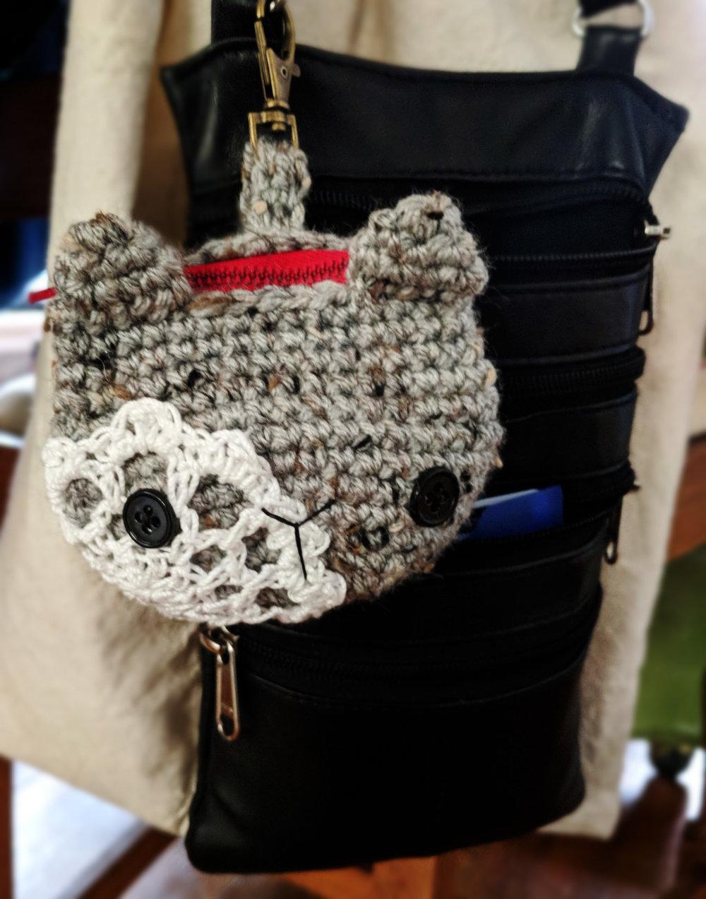 free-crochet-pattern-kitty-coin-purse (5).jpg