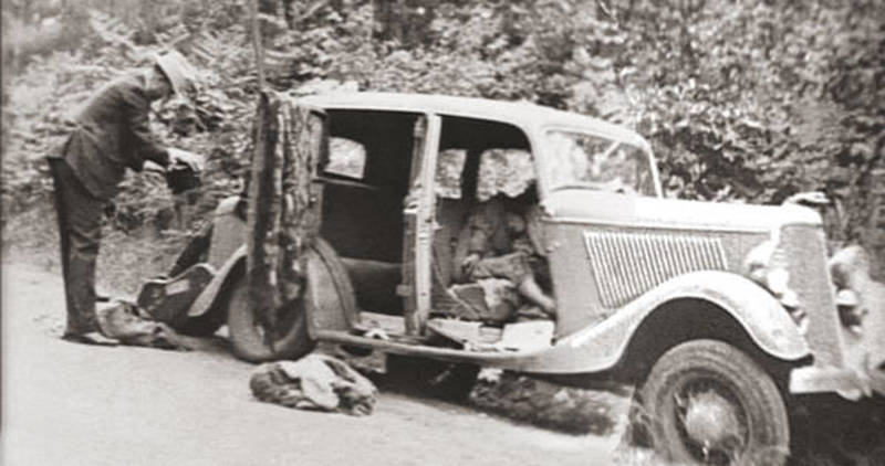 Bonnie and Clyde in Their Death Car, May 23, 1934