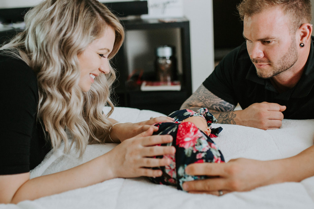 Belly to Baby - Includes both maternity and newborn sessions // $425*