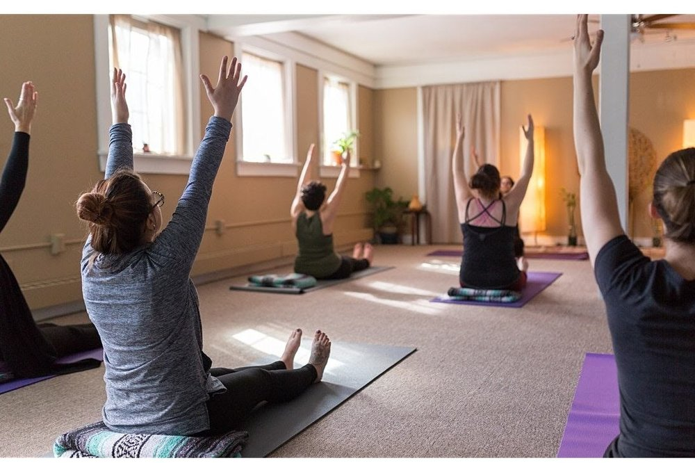 SHP-Renee-yoga-shoot-020-IMG_1011.jpg