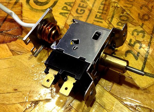 RefrigeratorController-1.jpg