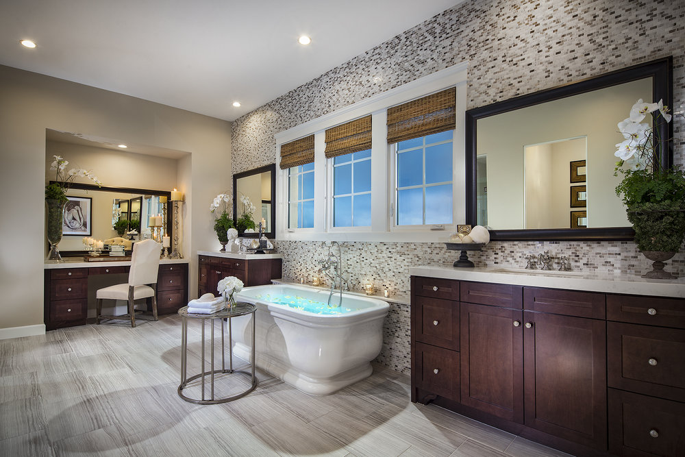 1703-09_PL1_MasterBath_The_Estates_DavidsonCommunities_EricFiggePhotos.jpg