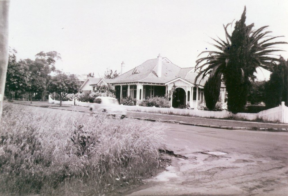 1 The Avenue circa 1940