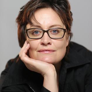 Anne Gildea - Writer/performer