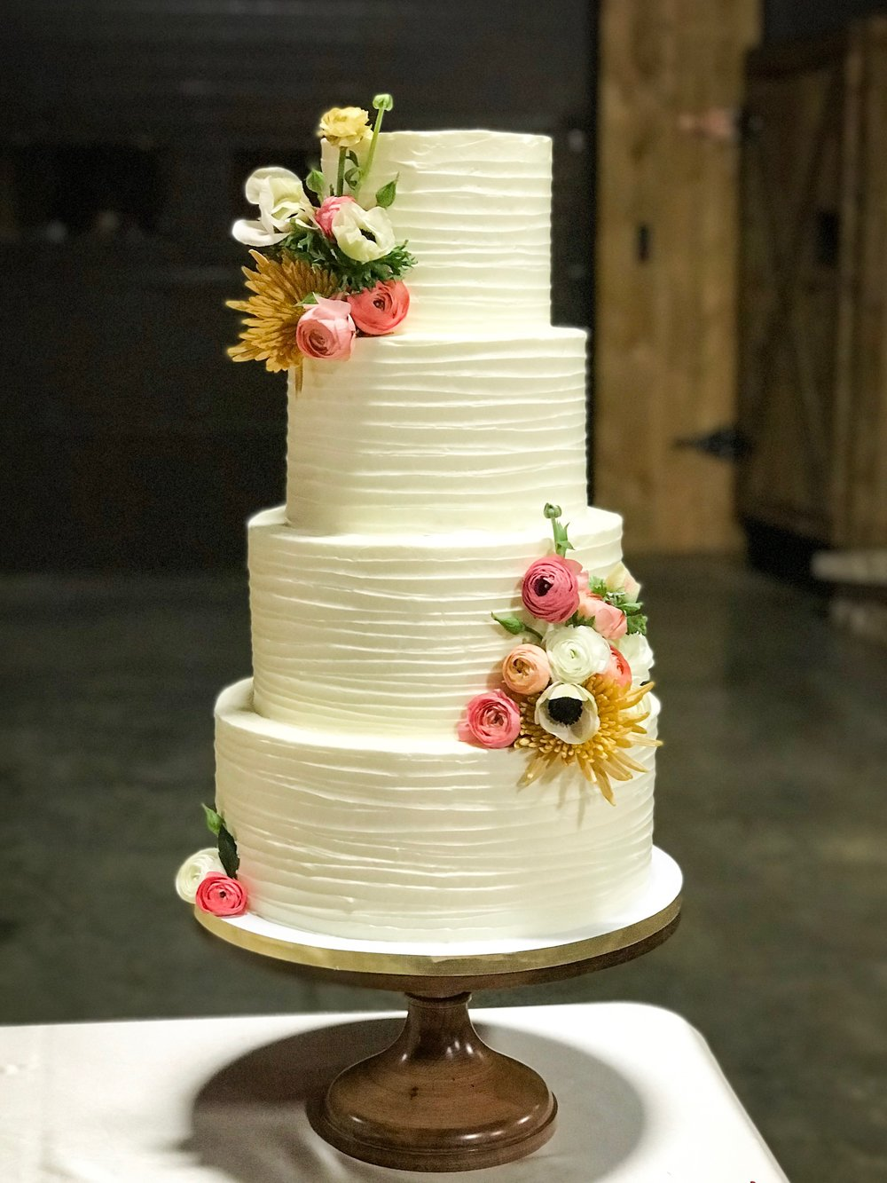 Rustic Textured buttercream  **Fresh Flowers are add ons. Flowers can be provided by us or your florist**