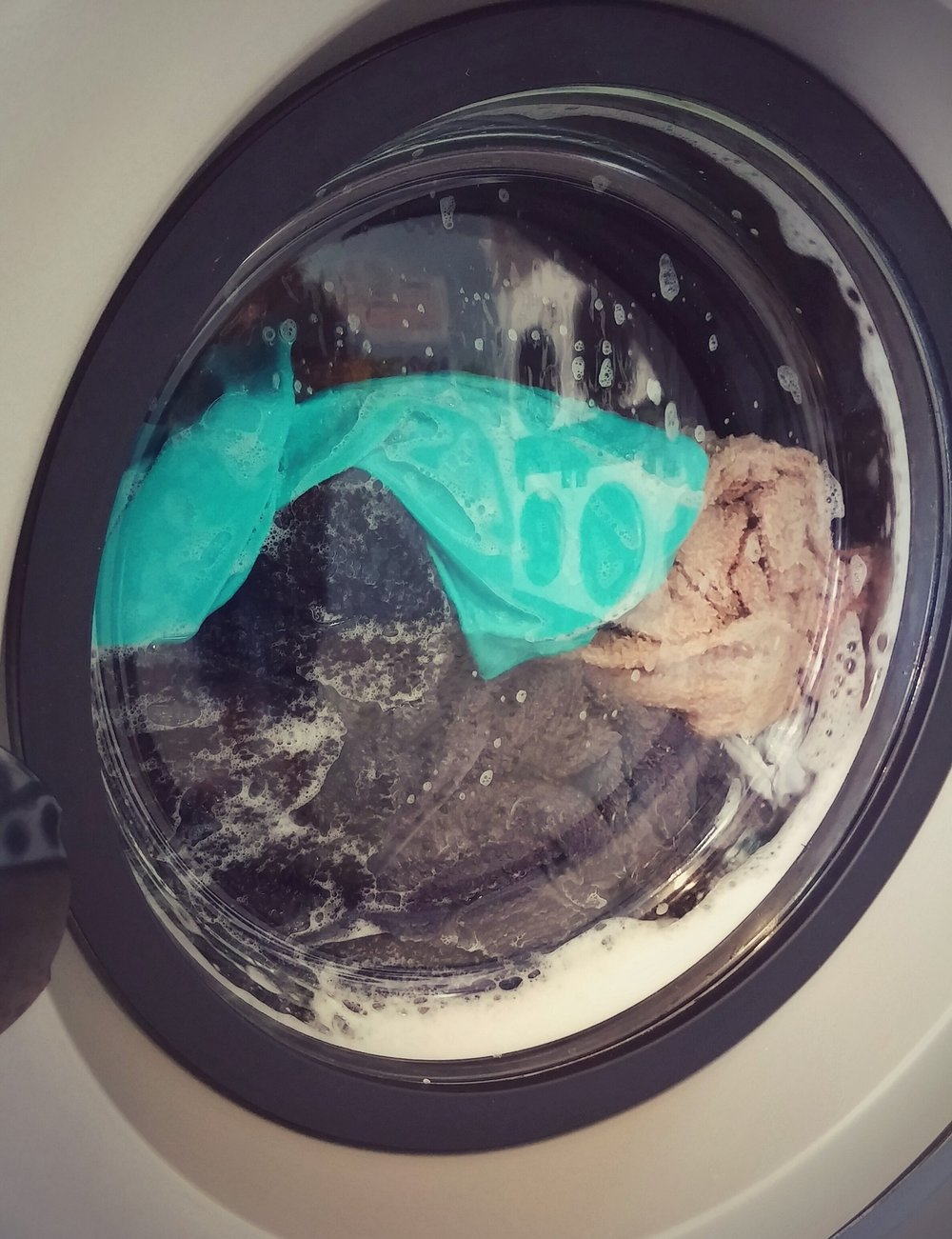 laundromat-1335005_1920.jpg