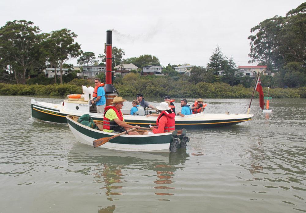 flotilla_whau_2015_puke.JPG