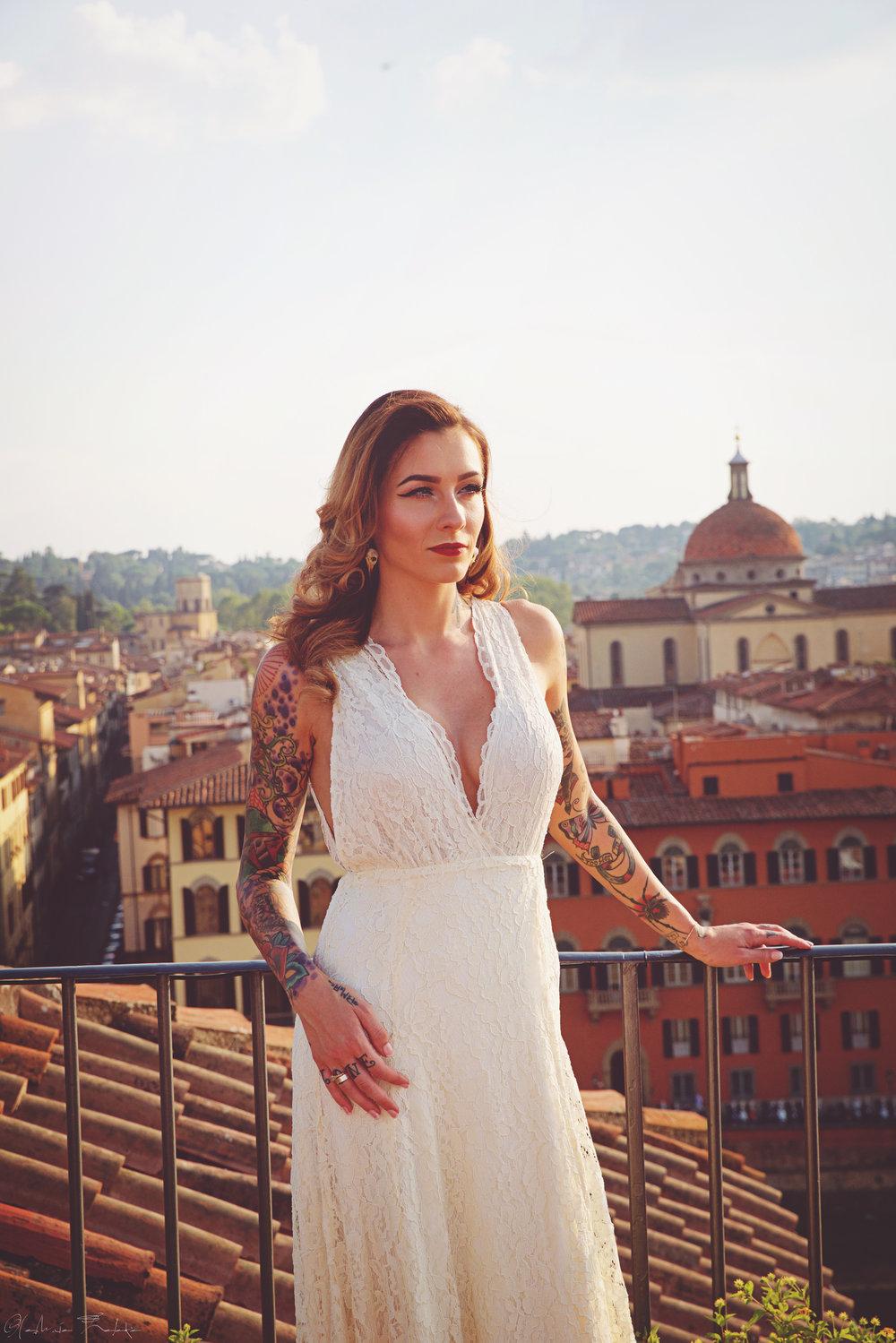Cassidy-Ryan-Wedding-Florence-11.jpg