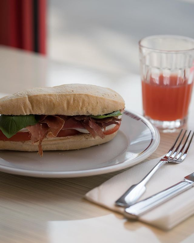 *Lunchtime Panino* with 24 month-aged Parma ham, tomato, buffalo mozzarella and basil