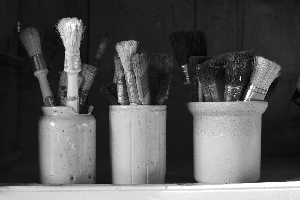 gillick-patination-brushes-in-old-pots-web.jpg