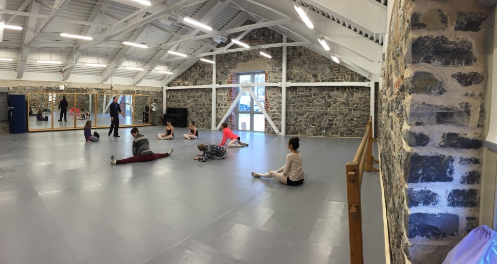 The newly renovated studio in the historic Tett Centre For Creativity and Learning is a state-of-the-art dancing facility. Studio A is 1600 square feet of the highest quality Marley flooring on top of a sprung floor.
