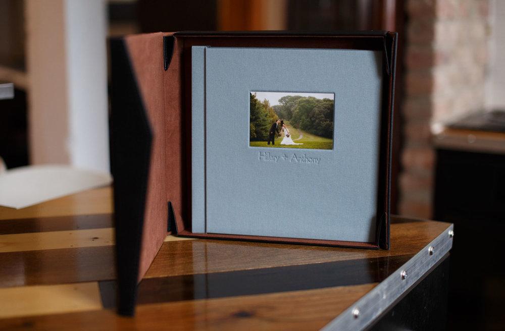 linen-wedding-book-ct-photographer-2001.jpg