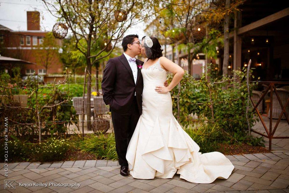 Delamar-hotel-west-hartford-wedding-2046.jpg