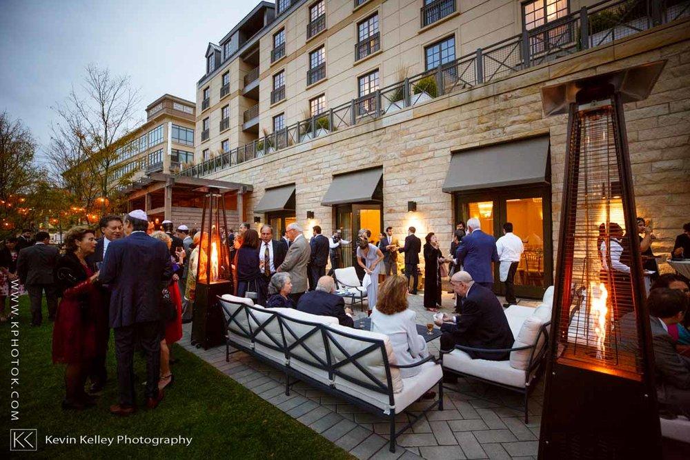 Delamar-hotel-west-hartford-wedding-2091.jpg
