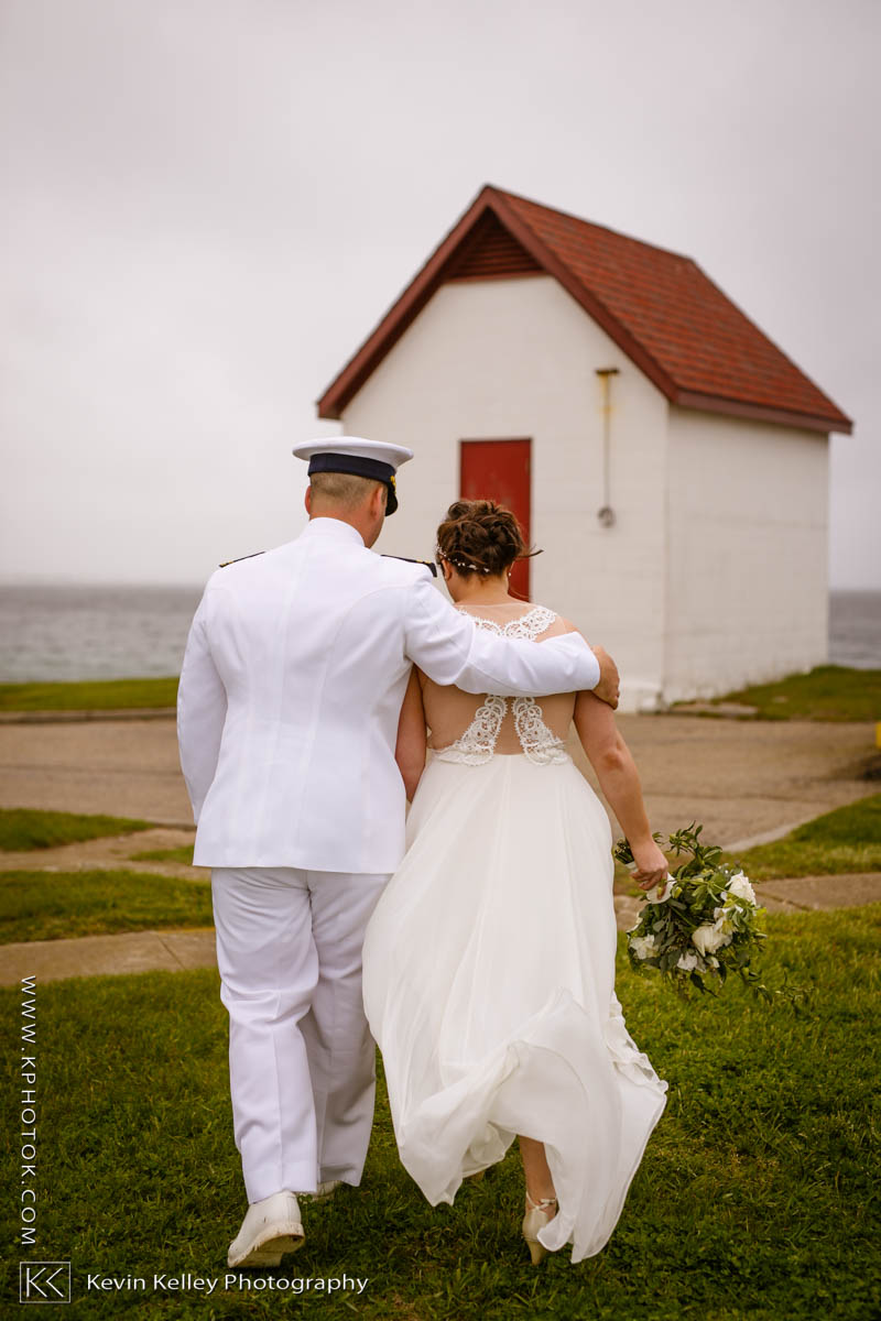 Lake-of-Isles-wedding-Emily-Mike-2010.jpg