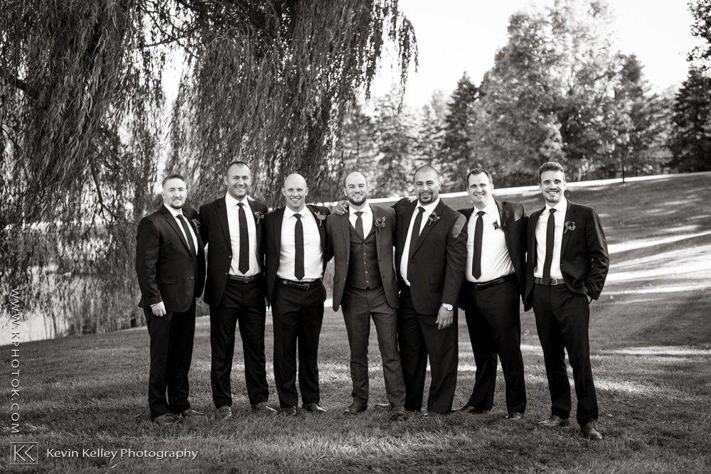 barns-wesleyan-wedding-12.jpg