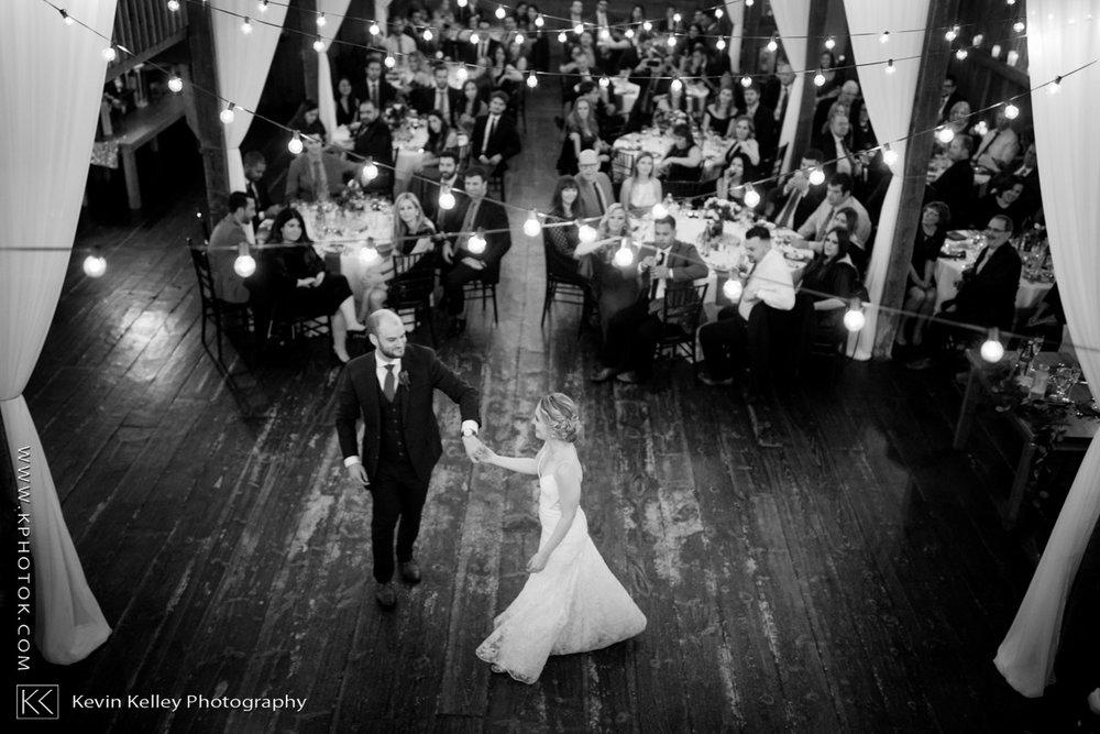barns-wesleyan-wedding-21.jpg