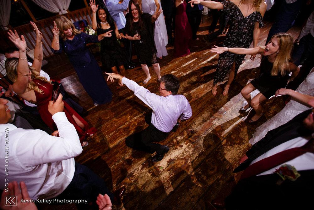 barns-wesleyan-wedding-27.jpg