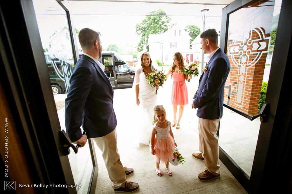 Laurel-Beach-Club-Milford-CT-wedding-2020.jpg