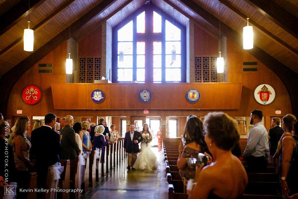 Laurel-Beach-Club-Milford-CT-wedding-2021.jpg