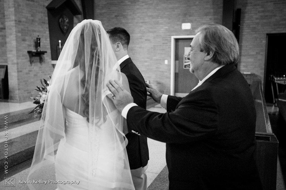 Laurel-Beach-Club-Milford-CT-wedding-2025.jpg