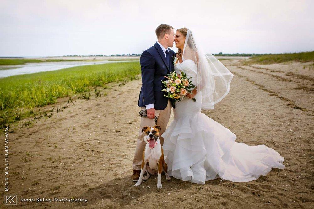 Laurel-Beach-Club-Milford-CT-wedding-2033.jpg
