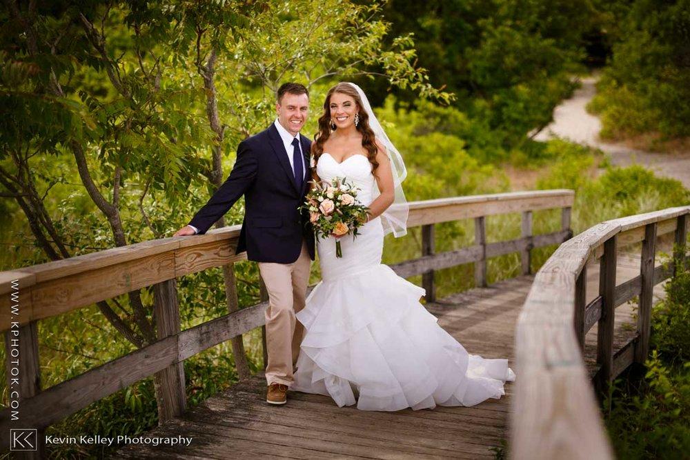 Laurel-Beach-Club-Milford-CT-wedding-2035.jpg