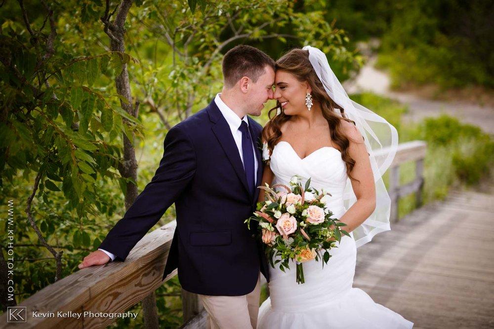 Laurel-Beach-Club-Milford-CT-wedding-2036.jpg