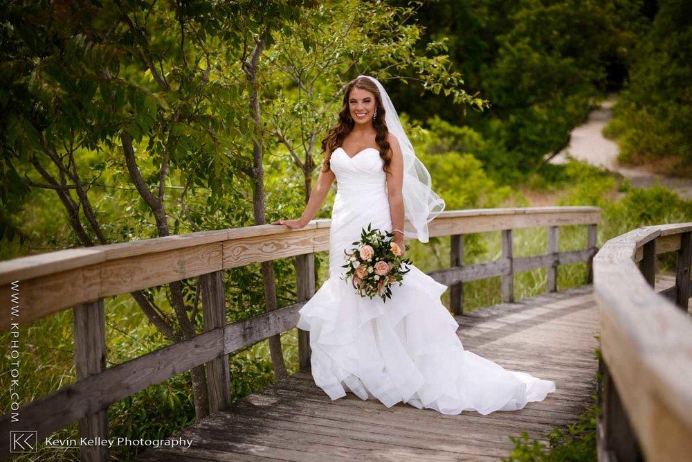 Laurel-Beach-Club-Milford-CT-wedding-2038.jpg