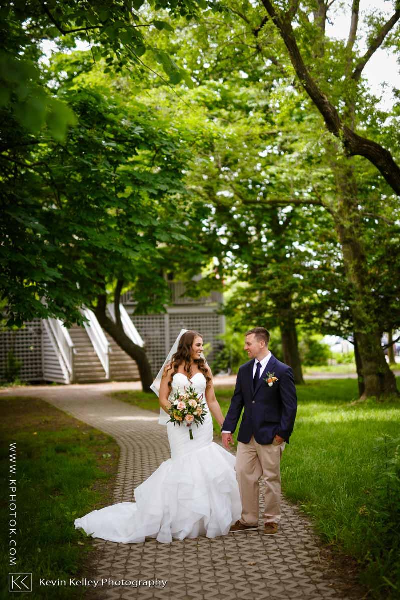Laurel-Beach-Club-Milford-CT-wedding-2039.jpg