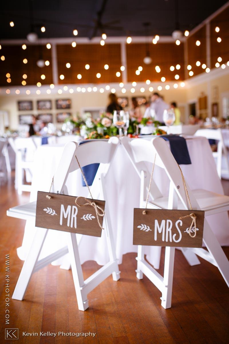 Laurel-Beach-Club-Milford-CT-wedding-2047.jpg