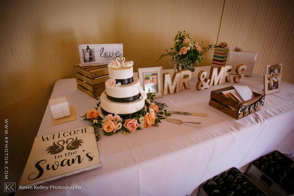 Laurel-Beach-Club-Milford-CT-wedding-2048.jpg
