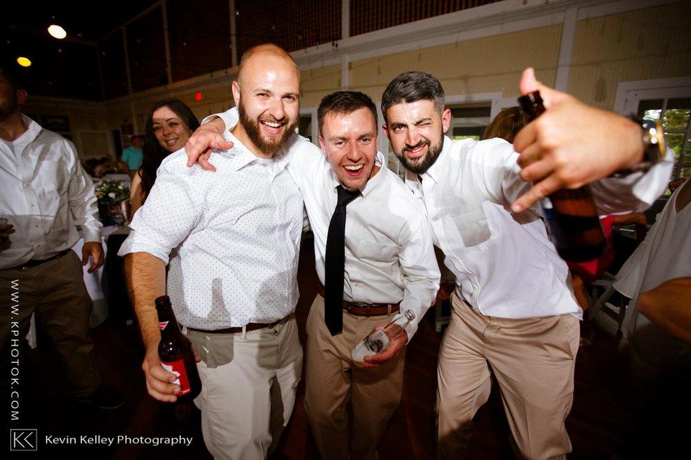 Laurel-Beach-Club-Milford-CT-wedding-2061.jpg